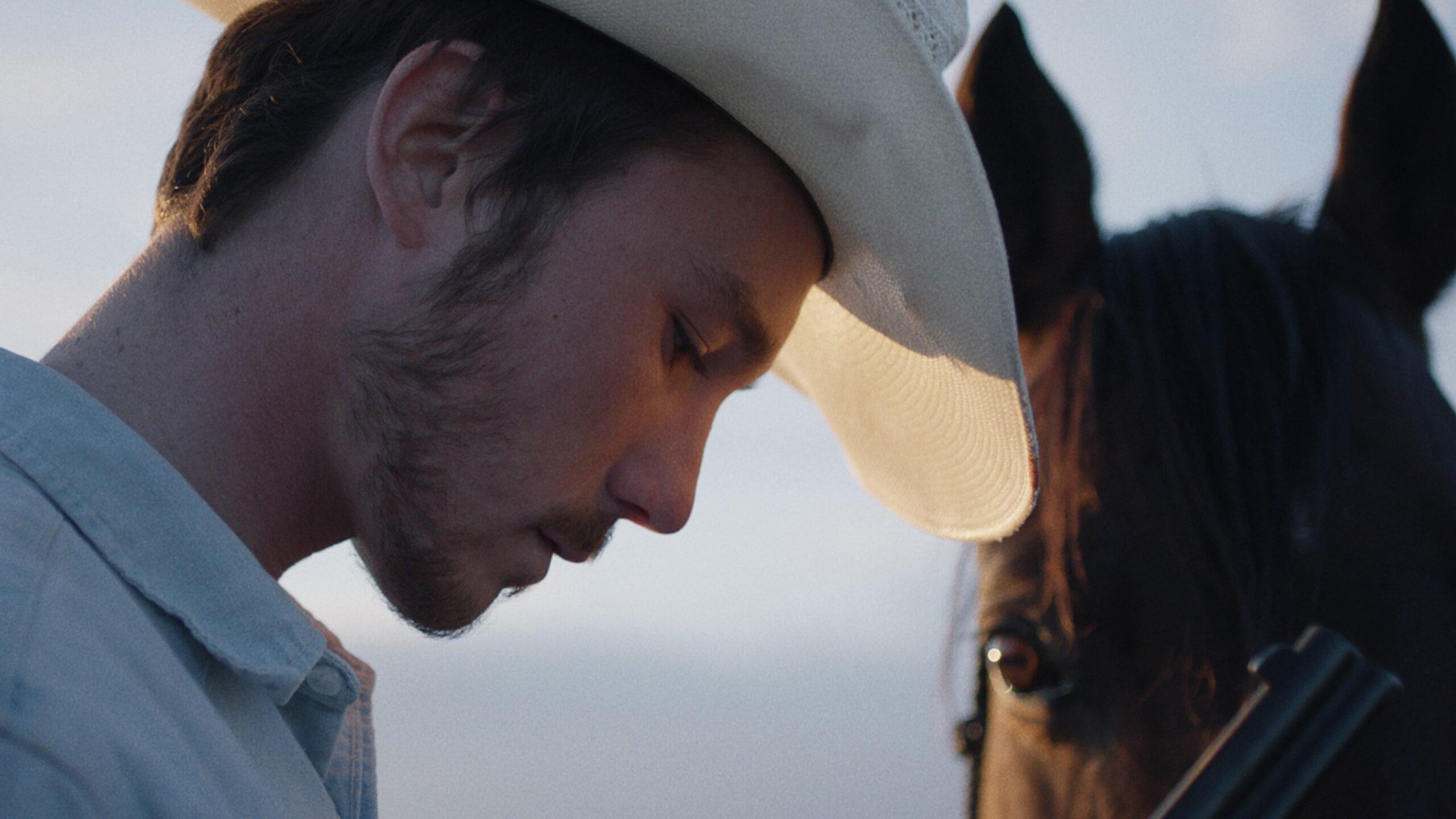 """Image from the movie """"The Rider - Il sogno di un cowboy"""""""