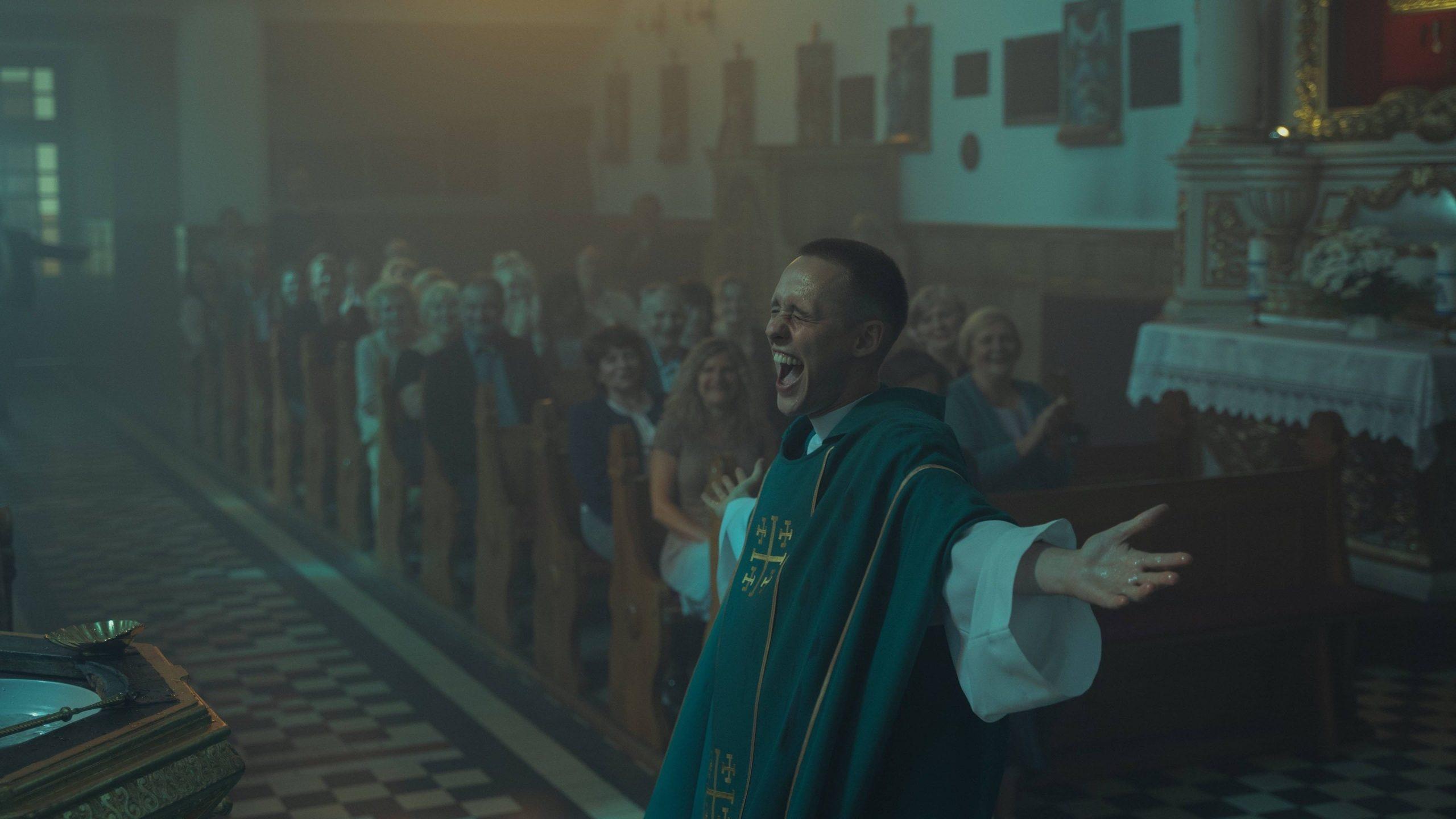 """Image from the movie """"Corpus Christi"""""""